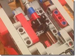 Lego42075-EV3-07