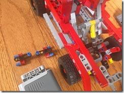 Lego42075-PF-01