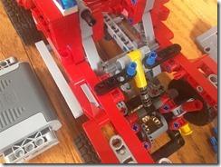Lego42075-PF-02