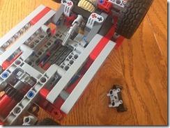 Lego42075-PF-09