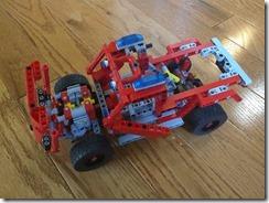 Lego42075-WeDo2-01