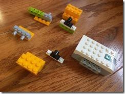 Lego42075-WeDo2-04
