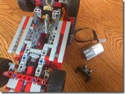 Lego42075-WeDo2-08